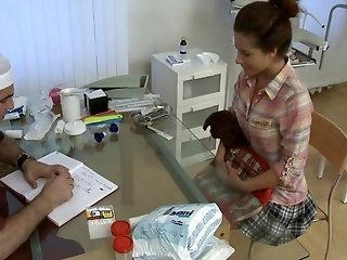 Frizzy Hair bang the doc