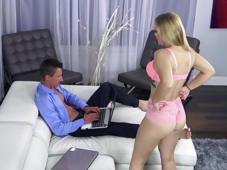 Using Booty Be fitting of A Laptop Follow
