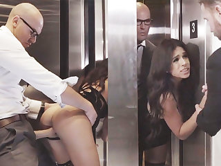 Sneaky GF big Chief alongside will not hear of big-dicked boss in an elevator